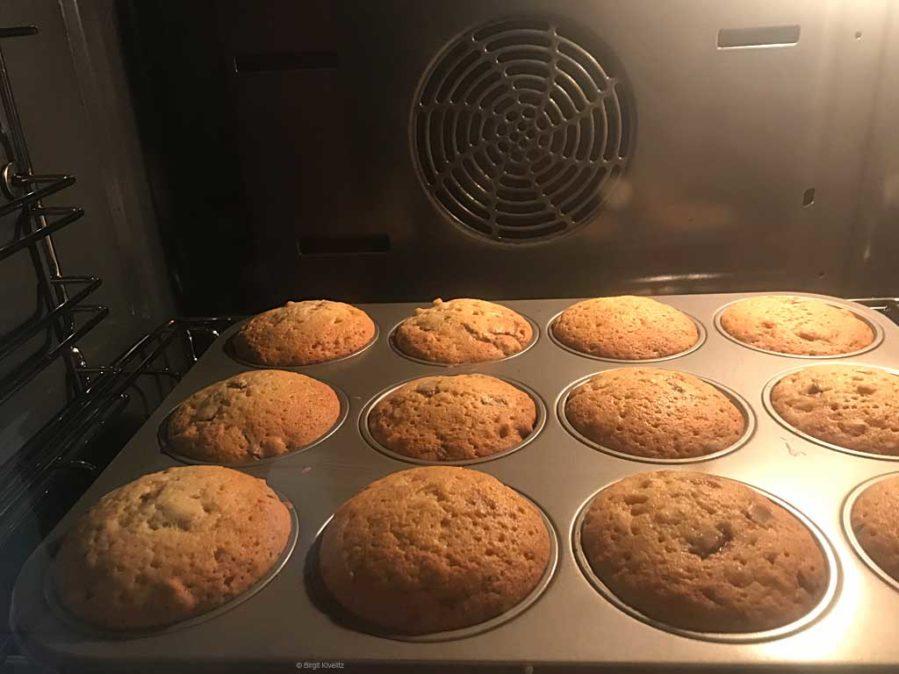 goldbraun, so sollen die Muffins aussehen